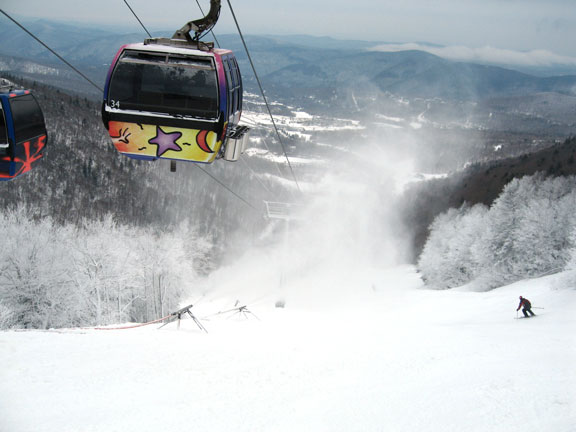 Snow guns in overdrive on Cascade at Killington